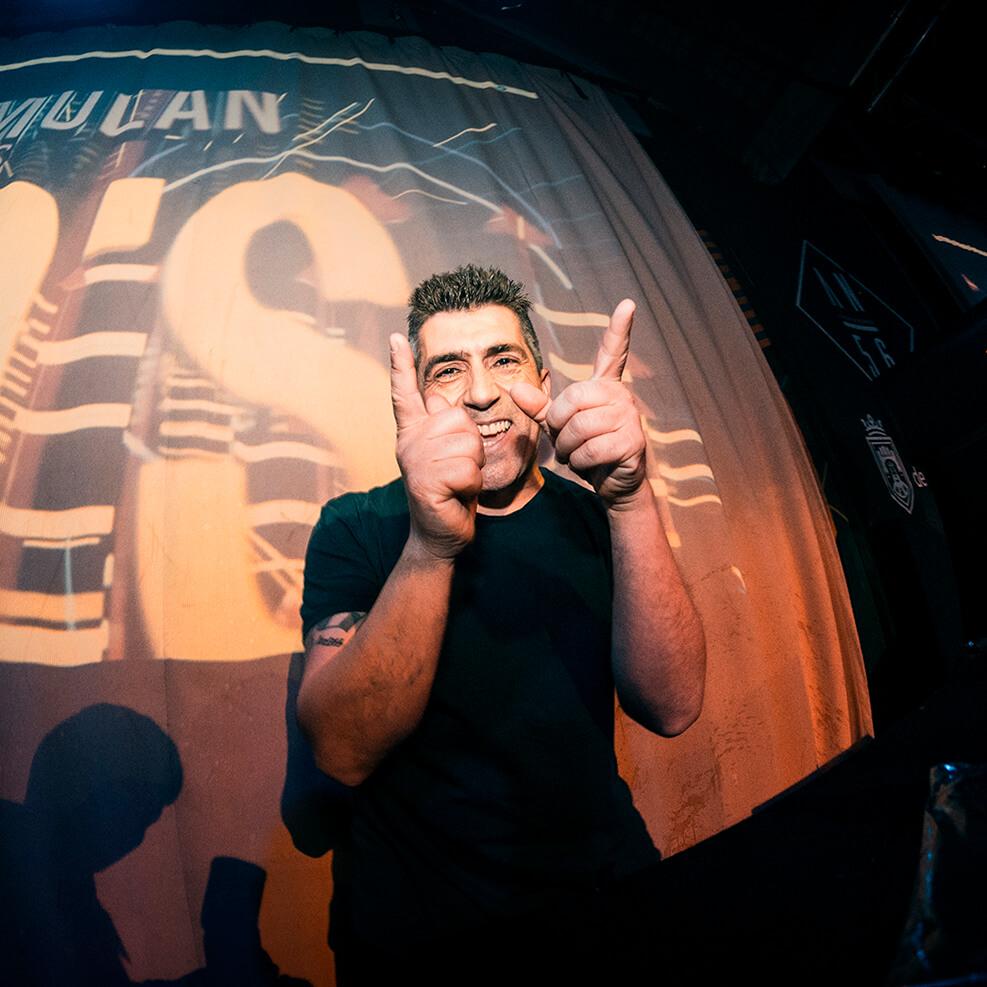 Dj Xavi (Dj Residente Molanlos90)